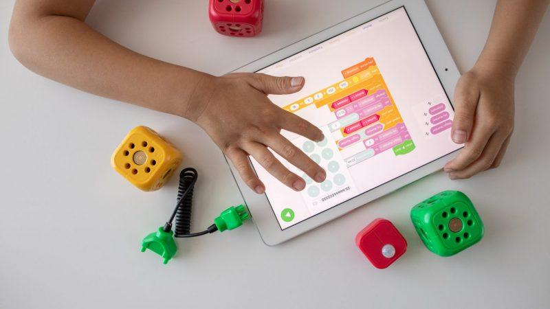 ¿Cómo comunicar y educar en la era digital?