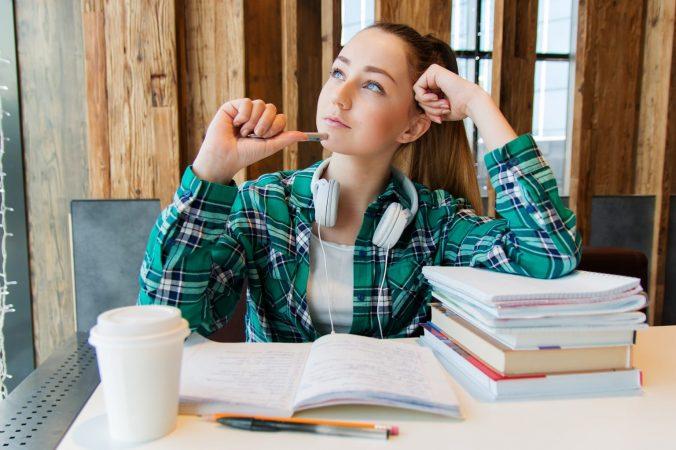 La mayoría de estudiantes deciden qué estudiar según sus gustos, preferencias personales o vocación.