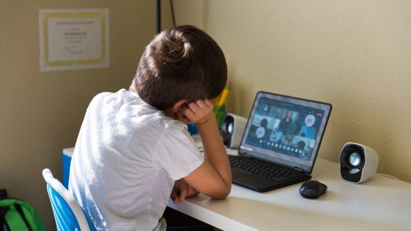 Entornos virtuales de aprendizaje: qué son y cuáles son sus ventajas