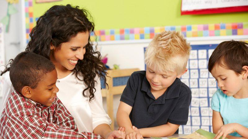Pedagogía del humor: 7 beneficios para la relación alumno-maestro